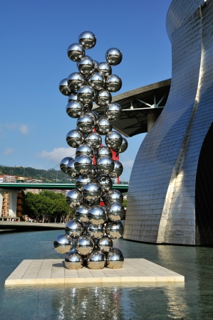 anish: Sculpture 80 Balls Stainless steel, Indian artist Anish Kapoor, and located at the Guggenheim Museum Bilbao, Spain