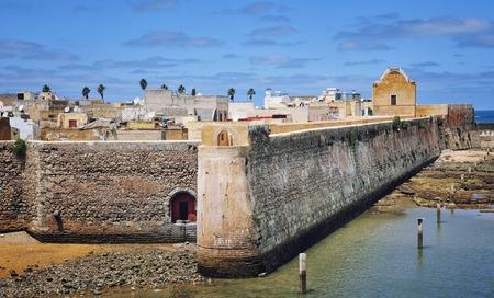 まで、エル ・ ジャディーダ、モロッコそれの空撮はポルトガル語要塞の港都市です。 写真素材