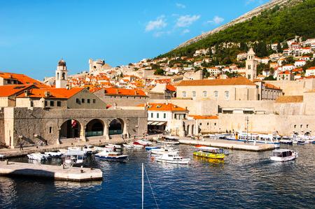 ドゥブロヴニク、クロアチア。ビュー ポートの古い都市の