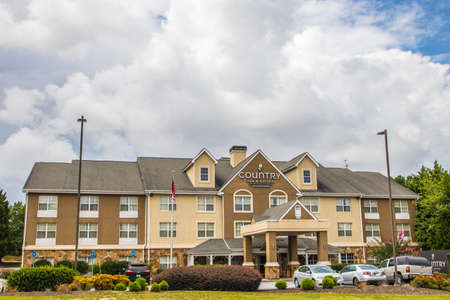 Gwinnett County, Ga / USA - 07 29 20: Country Inn and Suites Hotel Editorial