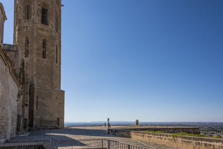 Entrance courtyard to the monumental cathedral of Lleida known as the Seu Vella behind you can see the height on which it is located dominating surroundings. Catalonia Spain Banque d'images