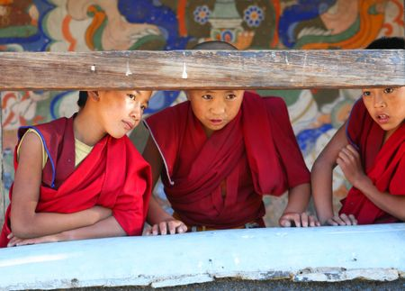 gompa: Monks