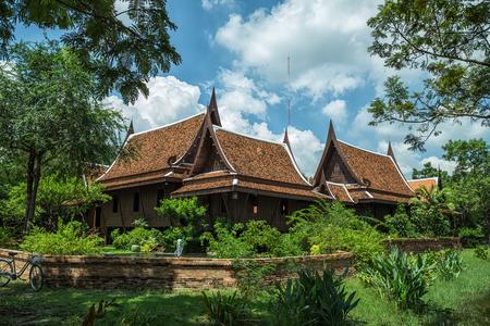 Thai House Style and blue sky Standard-Bild