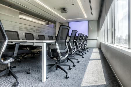 会議用テーブル、会議室の椅子 写真素材