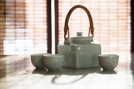 tetsubin: Tea cup and teapot