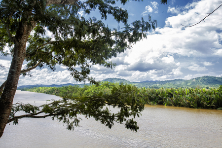 isthmus: Kra Buri River forming a natural boundary between Thailand and Myanmar.