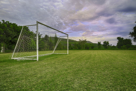 Obiettivi di calcio sul campo di campagna