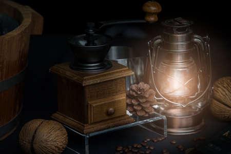 Vintage style Antique coffee grinder with lamp Standard-Bild