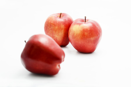 witte achtergrond: appels op witte achtergrond