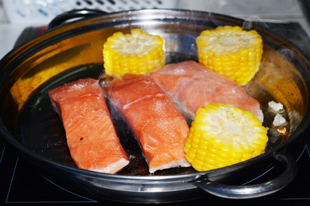 carot: salmon and salad