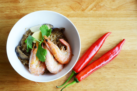 souse: glass noodle and shrimp in pepper souse
