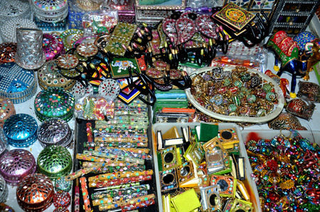souvenir: indian handmade colorful souvenir shop Stock Photo