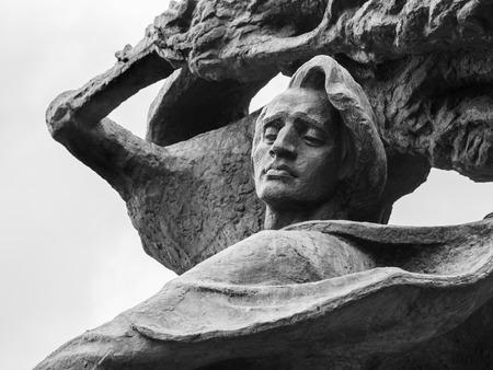fryderyk chopin: Fryderyk Chopins Frederic Chopin monument in Lazienki Park Royal Baths Park in Warsaw, Poland.