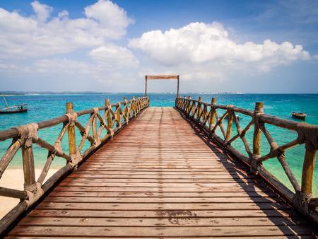 ザンジバル、タンザニア刑務所島の桟橋。