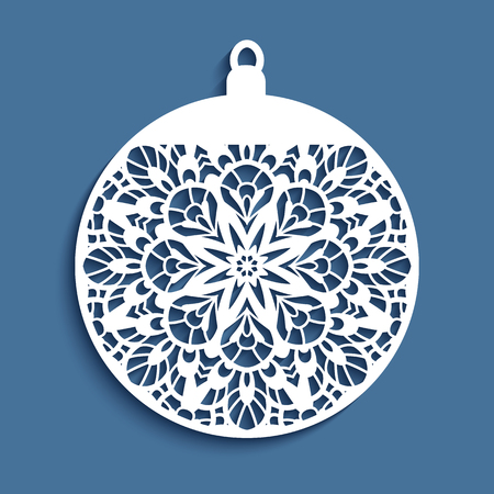 Ornamental Christmas ball, cutout paper decoration, vector template for laser cutting or wood carving Vettoriali