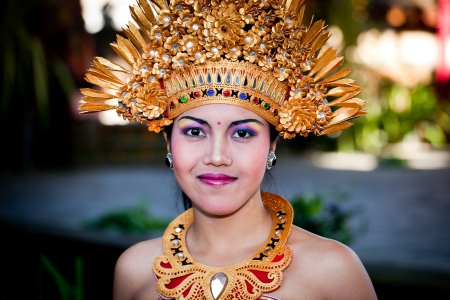 BATUBULAN, BALI, INDONESIA- JUNE 23: Barong Dancer before Perfomance on June 23, 2011 in Batubulan, Bali, Indonesia.  Stock Photo - 12386311