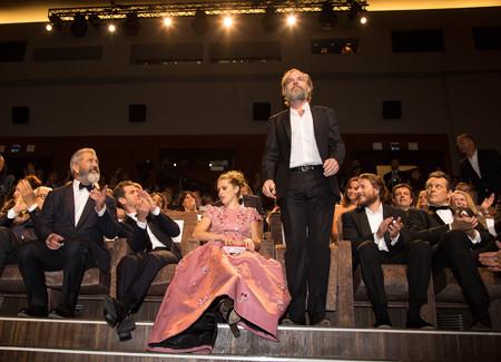 gibson: Mel Gibson, Teresa Palmer, Andrew Garfield, Hugo Weaving , Vince Vaughn  at the premiere of Hacksaw Ridge at the 2016 Venice Film Festival. September 4, 2016  Venice, Italy Editorial