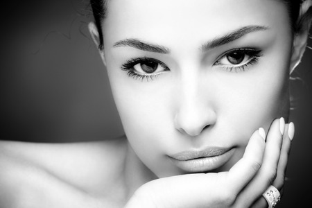 face close up: beautiful young woman face, close up, black and white