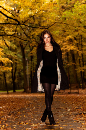 beautiful young brunette woman, outdoor portrait