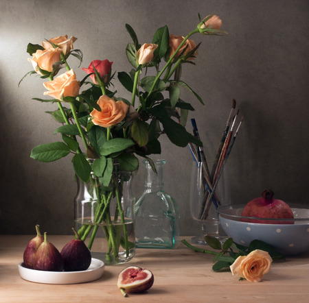 Still life with roses and figs