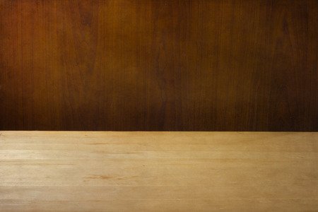 tabla de madera: Fondo con la mesa de madera cubierta de textura Foto de archivo