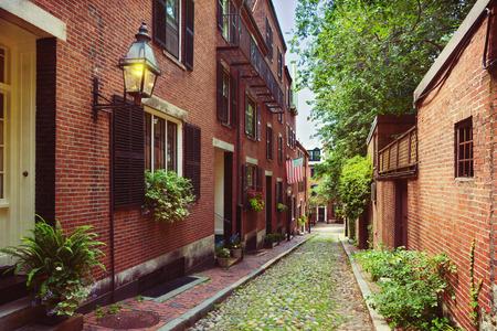 역사적인 도토리 거리 비콘 힐, 보스턴; 미국 매사추세츠