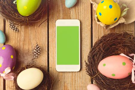 pascuas navide�as: Smartphone maqueta plantilla para vacaciones de Pascua aplicaci�n presentaci�n Foto de archivo