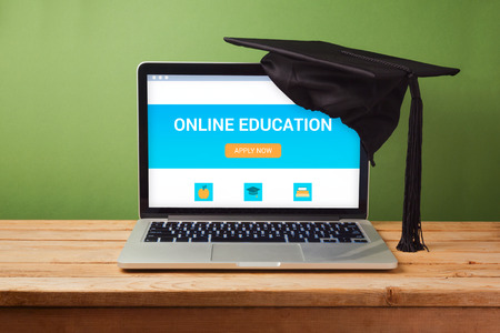 Online education concept with laptop computer Standard-Bild