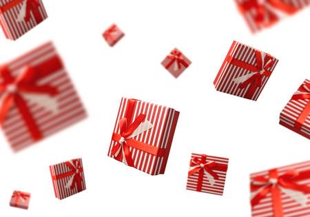Verano concepto de venta con cajas de regalo volando sobre fondo blanco Foto de archivo - 43526513