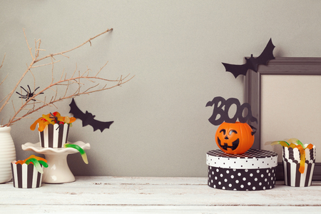 halloween background: Halloween website header design with copy space Stock Photo