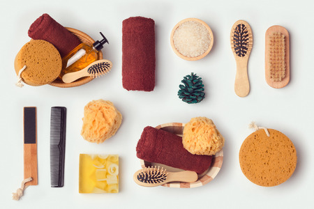 identidad personal: objetos de higiene personal para maqueta plantilla y dise�o de identidad de marca. Vista desde arriba. aplanada