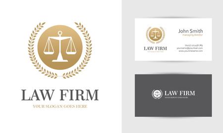 Law mit Skalen und Kranz in goldenen Farben. Visitenkarten-Design-Vorlagen für Kanzlei, Unternehmen, Anwalt oder Anwaltskanzlei