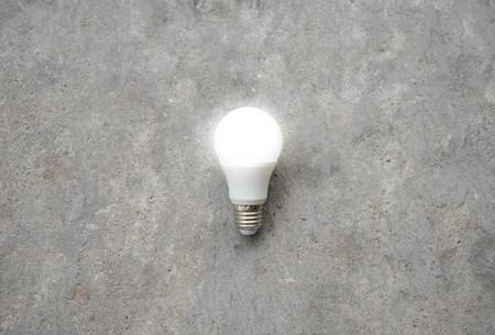 LED-Lampe mit Beleuchtung - Sparen Lichttechnik - Verkleinern