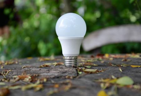 LED-Lampe - Technologie von umweltfreundlichen Beleuchtung