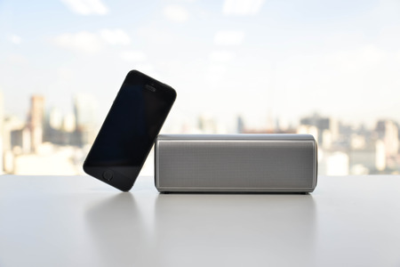 speaker phone: Wireless Speaker connected to Mobile phone