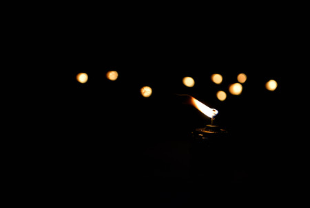 Lamp with lighting and bokeh in the darkness Lizenzfreie Bilder