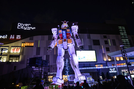 Dezember 2016 in Tokio Japan - Gundam-Statue bei odaiba-Skala 11 RX-78-2 Version3