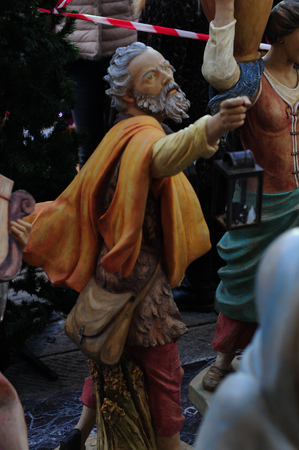statues of the nativity scene