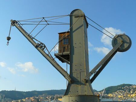old crane that was used in the port