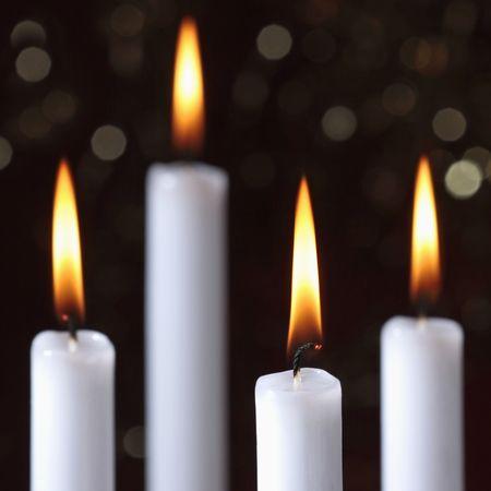 luz de velas: quema de velas  Foto de archivo
