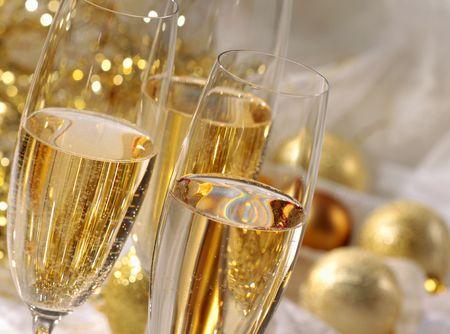 gold flute: champagne
