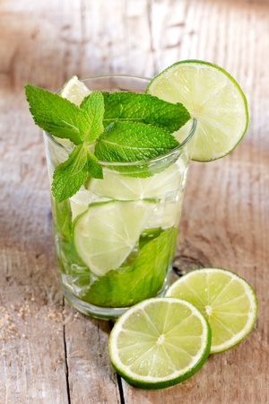 Mojito cocktail Stock Photo - 9749392