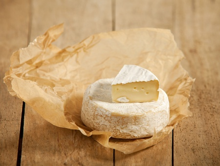 camembert: brie and camembert cheese