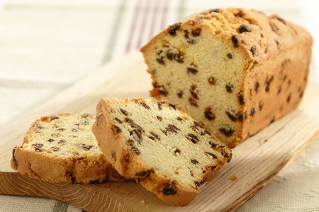 fruitcake: cake with raisins