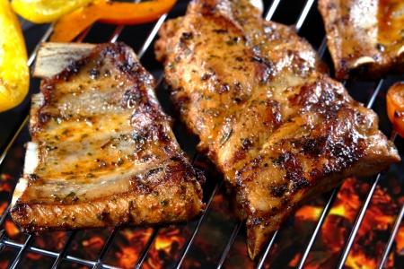 rib: costillas a la parrilla de carne de cerdo