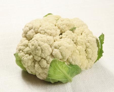 head of cauliflower: fresh cauliflower Stock Photo