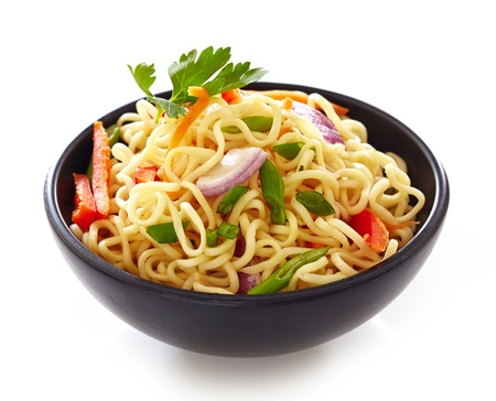 noodle bowl: bowl of chinese noodles with vegetables