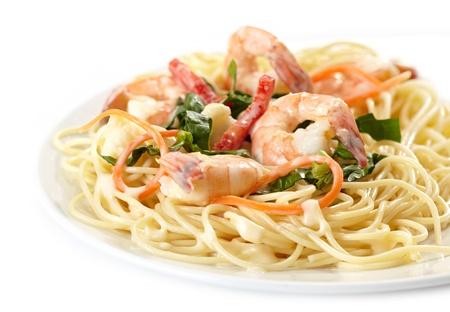 prawn: Plato de espaguetis con marisco Foto de archivo