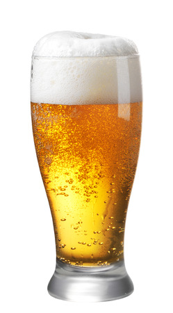 un bottled: Glass of beer on white background