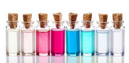 Flaschen Spa ätherische Öle für die Aromatherapie Standard-Bild - 25251522